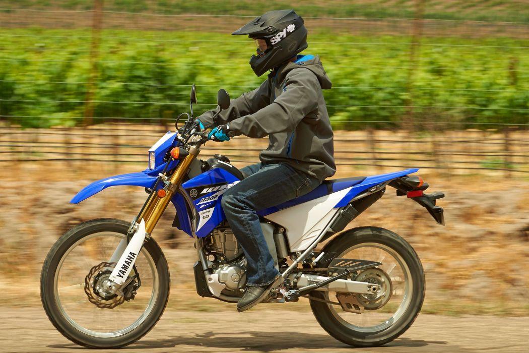 2015 Yamaha WR250R dirtbike wallpaper