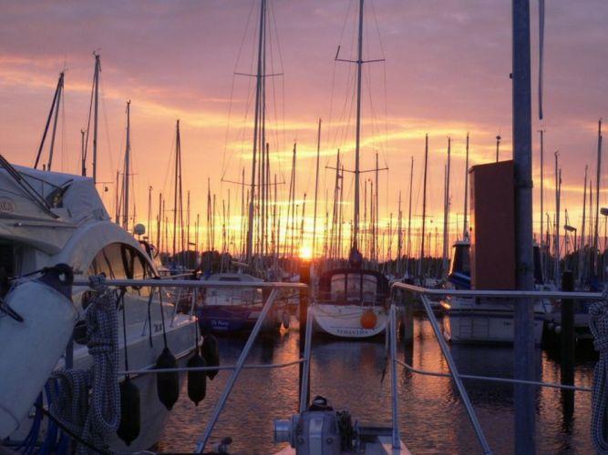 sunset holyharbour motoryacht boat wallpaper