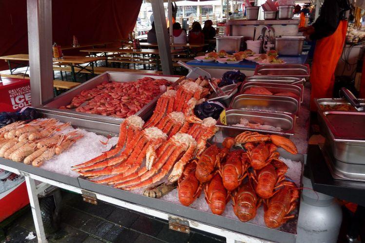 market Bergen Norway cabs lobsters wallpaper