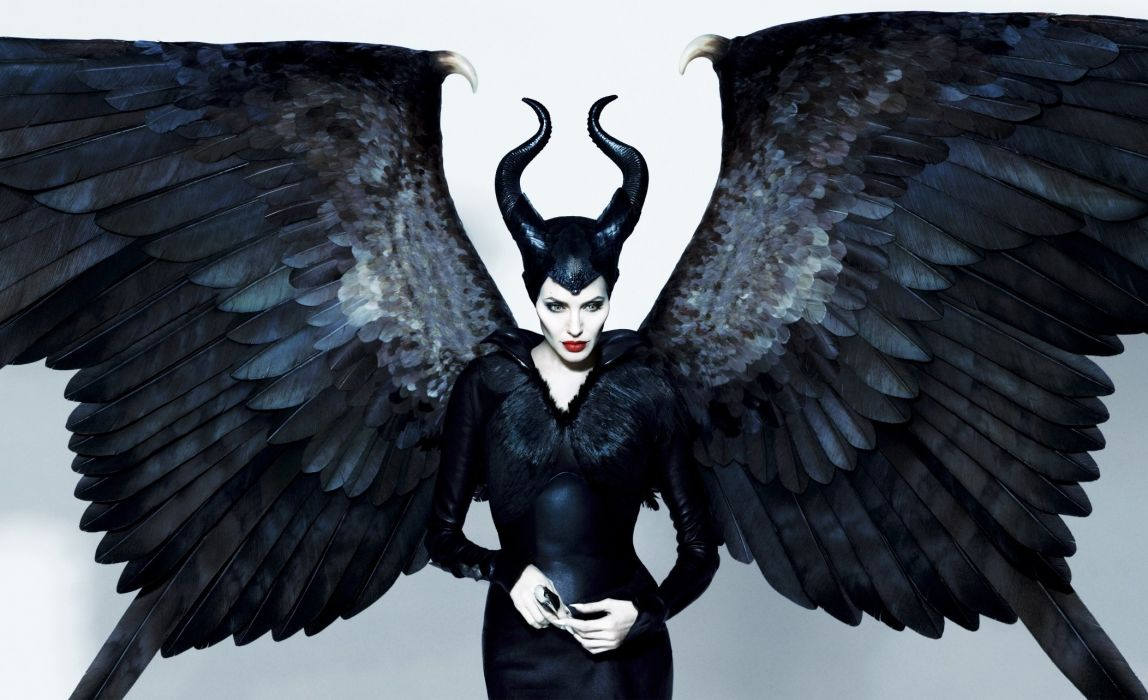 eye-Chameleon Angelina Jolie Maleficent witch Horns Black actress wings  wallpaper