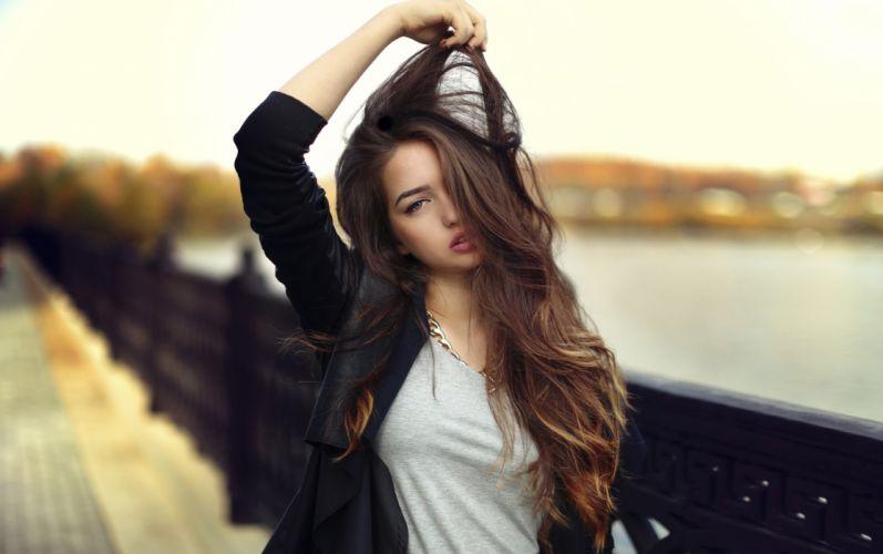 Woman brunette girl wallpaper