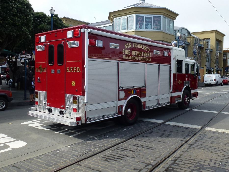 ambulance camion cars san-fransisco departments emergency fire medic california pompier rescue suv truck USA wallpaper