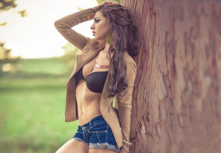 blu jeans model beauty woman wallpaper