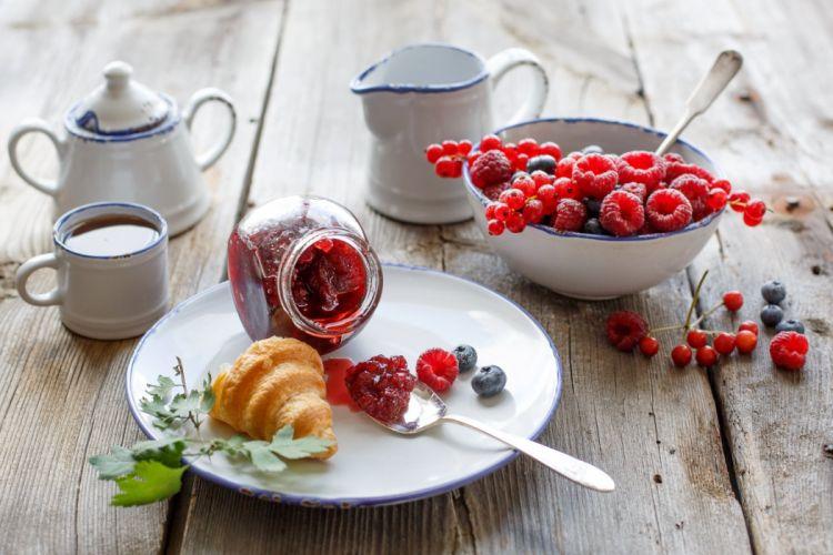 food blueberries currant tea Jam BERRY baking bagel croissant jam raspberries crockery breakfast wallpaper