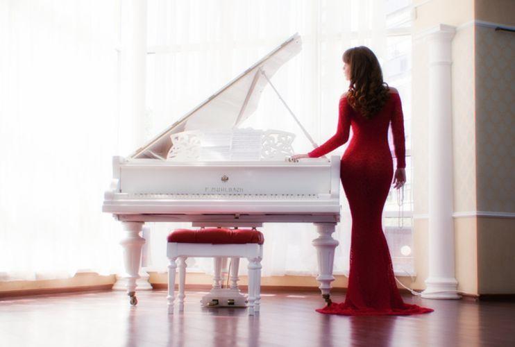 dress white red piano music woman wallpaper