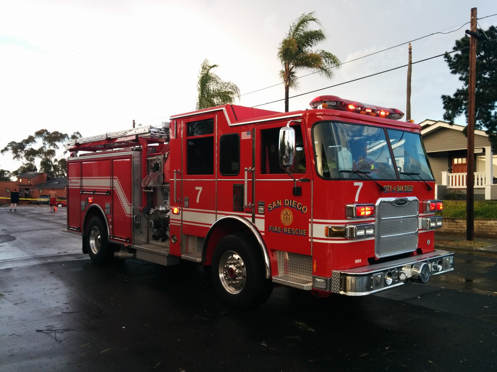 Camion cars san diego california departments emergency - Camion pompier cars ...