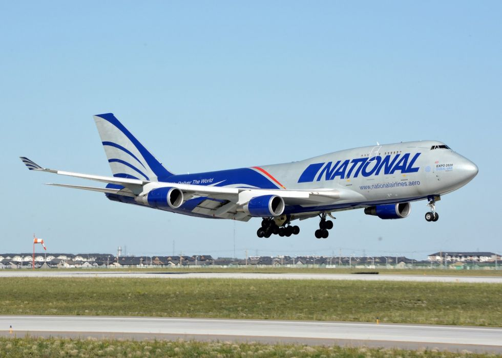 aicrafts boeing 747 airports jet sky transports cargo wallpaper