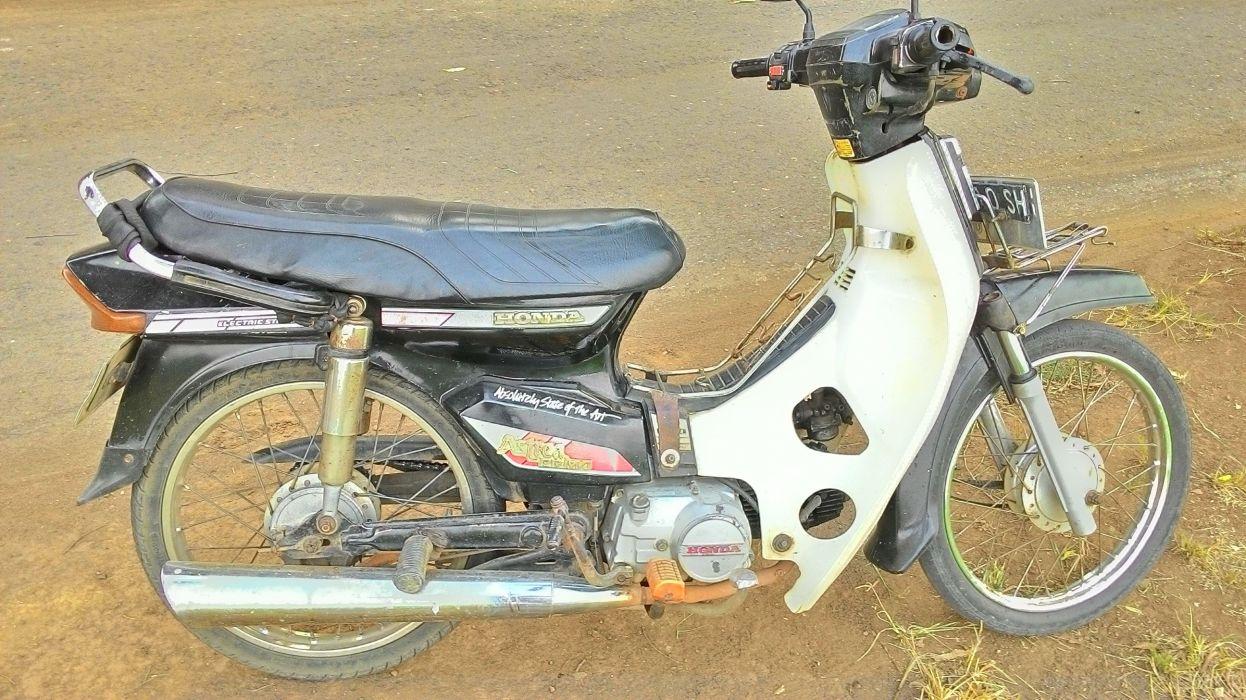 Old Honda Motorcycle wallpaper