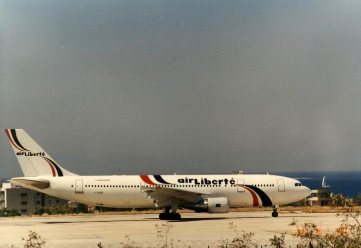 A300 aircrafts airliner airplane airbus plane transport wallpaper