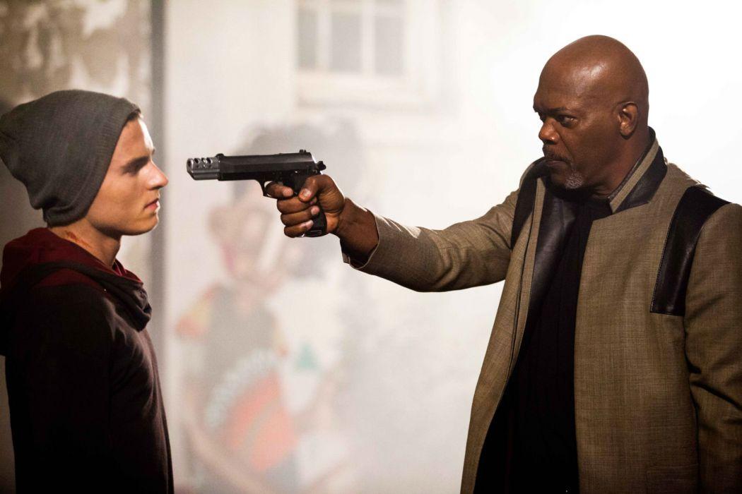 KITE action drama shooter jackson thriller weapon gun pistol wallpaper