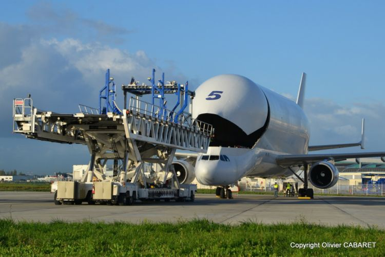 Airbus BELUGA A300 600ST Cargo aircrafts airliner airplane plane transport sky wallpaper