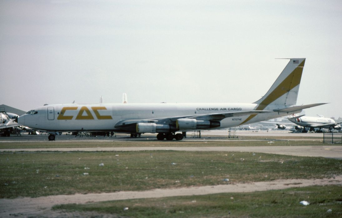 aircrafts airliner airplane army cargo 707 boeing plane transport air-force-one usa wallpaper