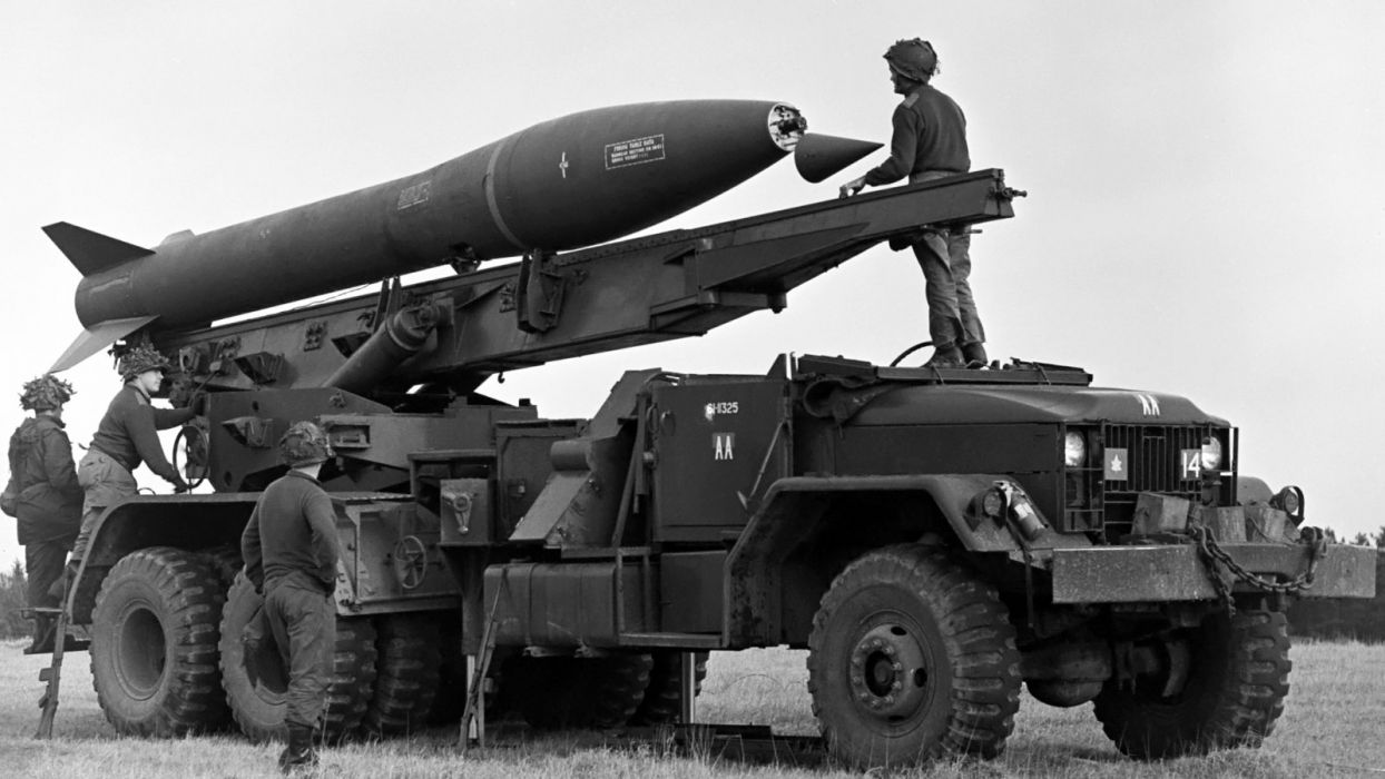 1953 M386 based International M139F missile launcher military semi tractor 6x6 wallpaper