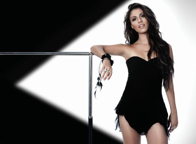 GABRIELLA CILMI pop soul rock funk jazz babe wallpaper