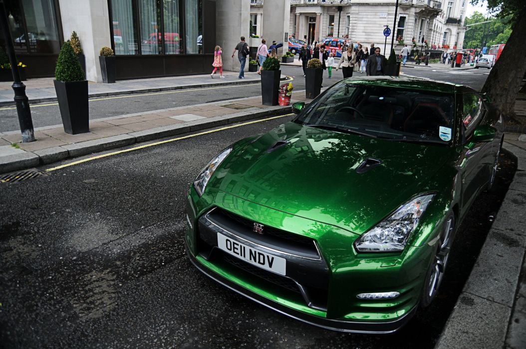 Gt R Nismo Nissan R35 Tuning Supercar Coupe Japan Cars Green Verte Verde Wallpaper 2048x1360 494945 Wallpaperup