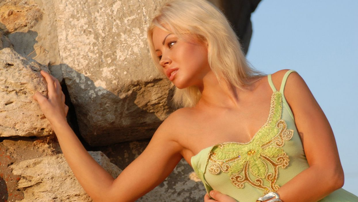 girl sexy beauty attractive lady lovely sweet blonde wallpaper
