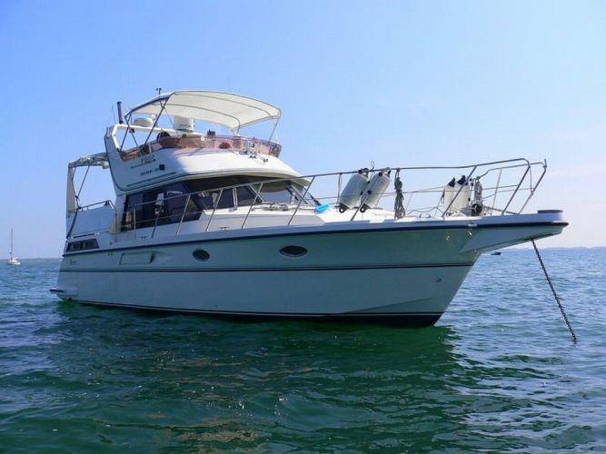 Motoryacht yacht president boat anker wallpaper