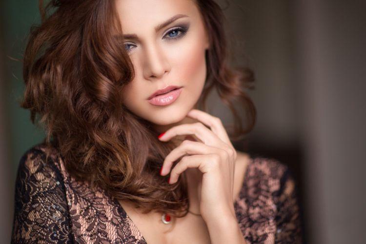 Olga portrait makeup wallpaper