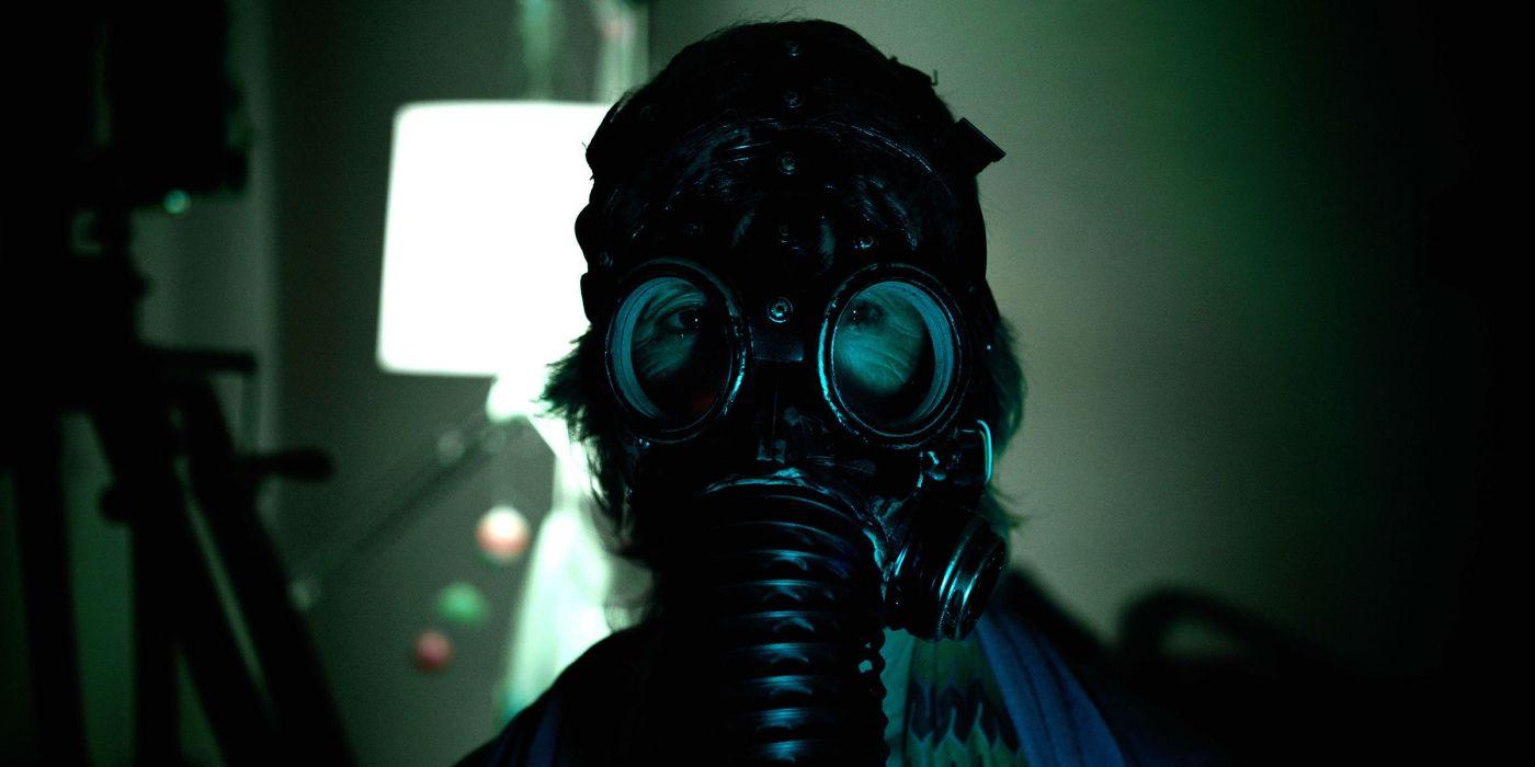 INSIDIOUS supernatural horror dark thriller gas mask ...