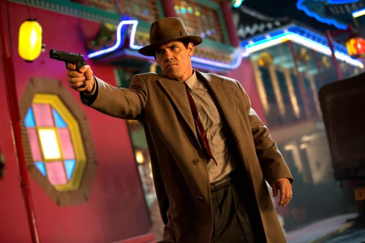 GANGSTER SQUAD mafia action crime drama penn weapon gun pistol wallpaper