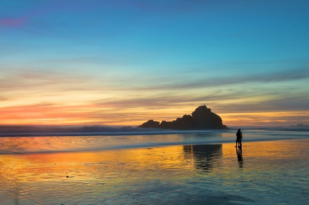 tour evening pair two sea beach sunset love romance wallpaper