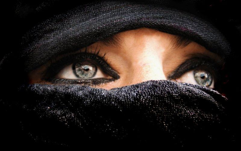 scarf beduinwoman eyes arabien wallpaper