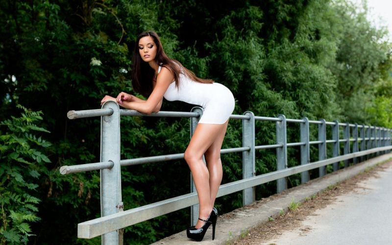 BODY SHAPE WHITE DRESS SHOES STUDS ROAD BRIDGE CURB PERILLA wallpaper