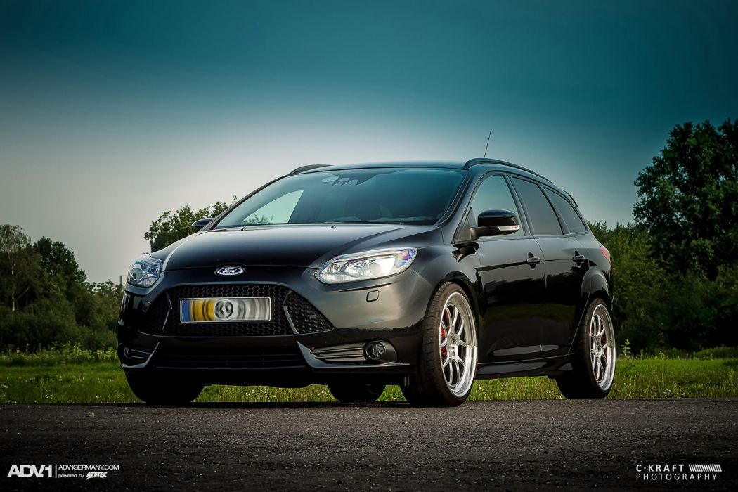 FORD FOCUS ST WAGON adv1 wheels tuning cars wallpaper