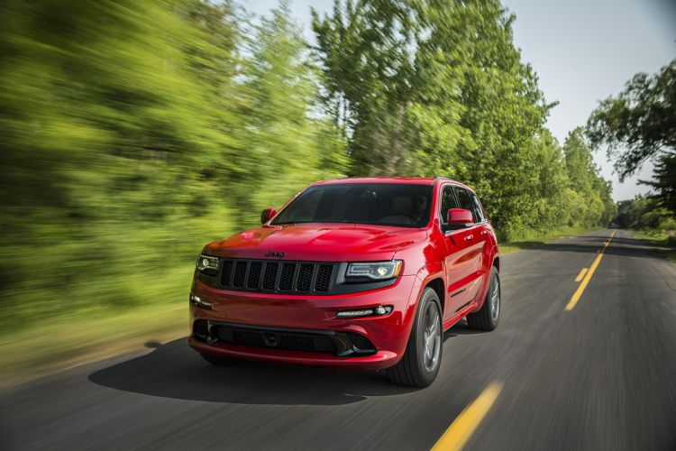 2015 Jeep Grand Cherokee SRT Red-Vapor (WK2) muscle suv wallpaper