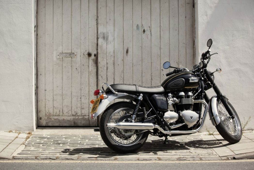 2015 Triumph Bonneville T100 Special Edition wallpaper