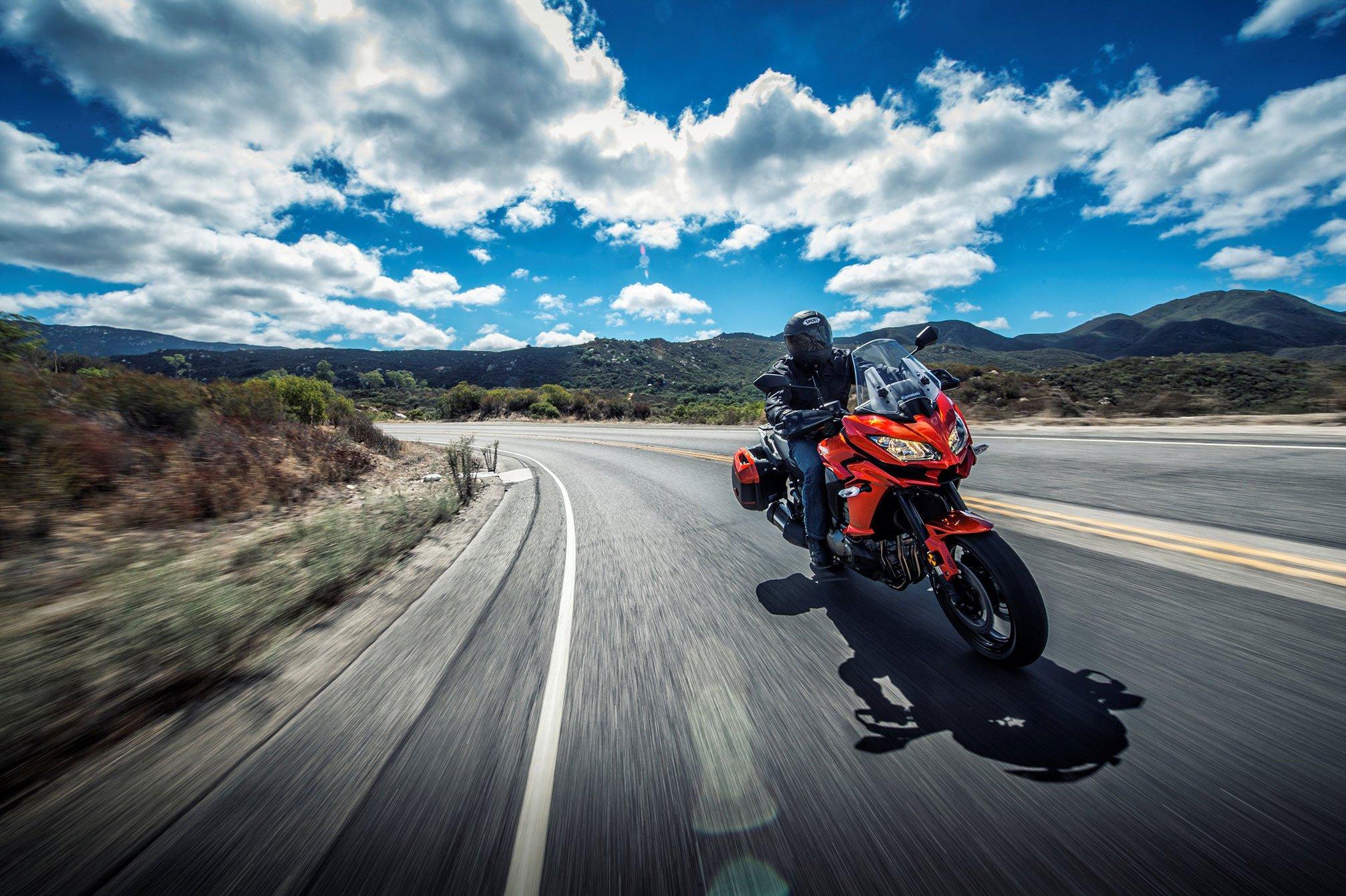 2015 Kawasaki Versys 1000 L-T Wallpaper