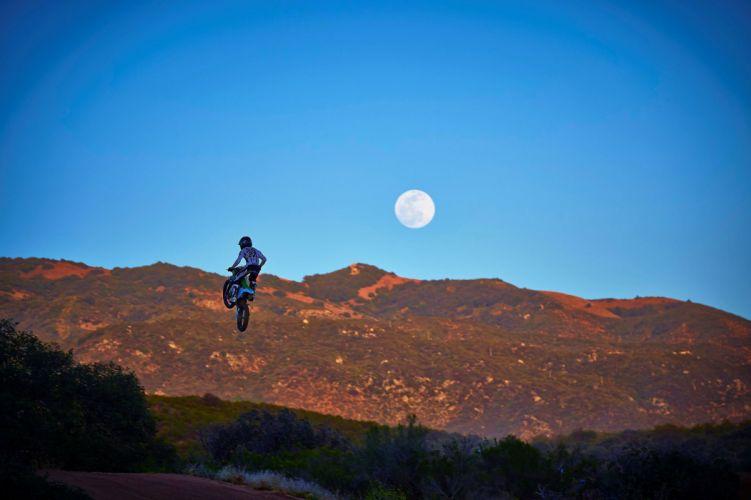 2015 Kawasaki KX100 motocross dirtbike wallpaper