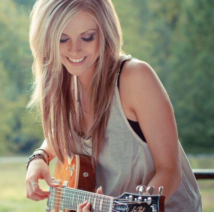 LINDSAY Ell countrywestern country blonde western guitar wallpaper