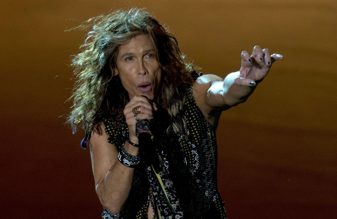 AEROSMITH hard rock glam heavy metal glam concert singer wallpaper