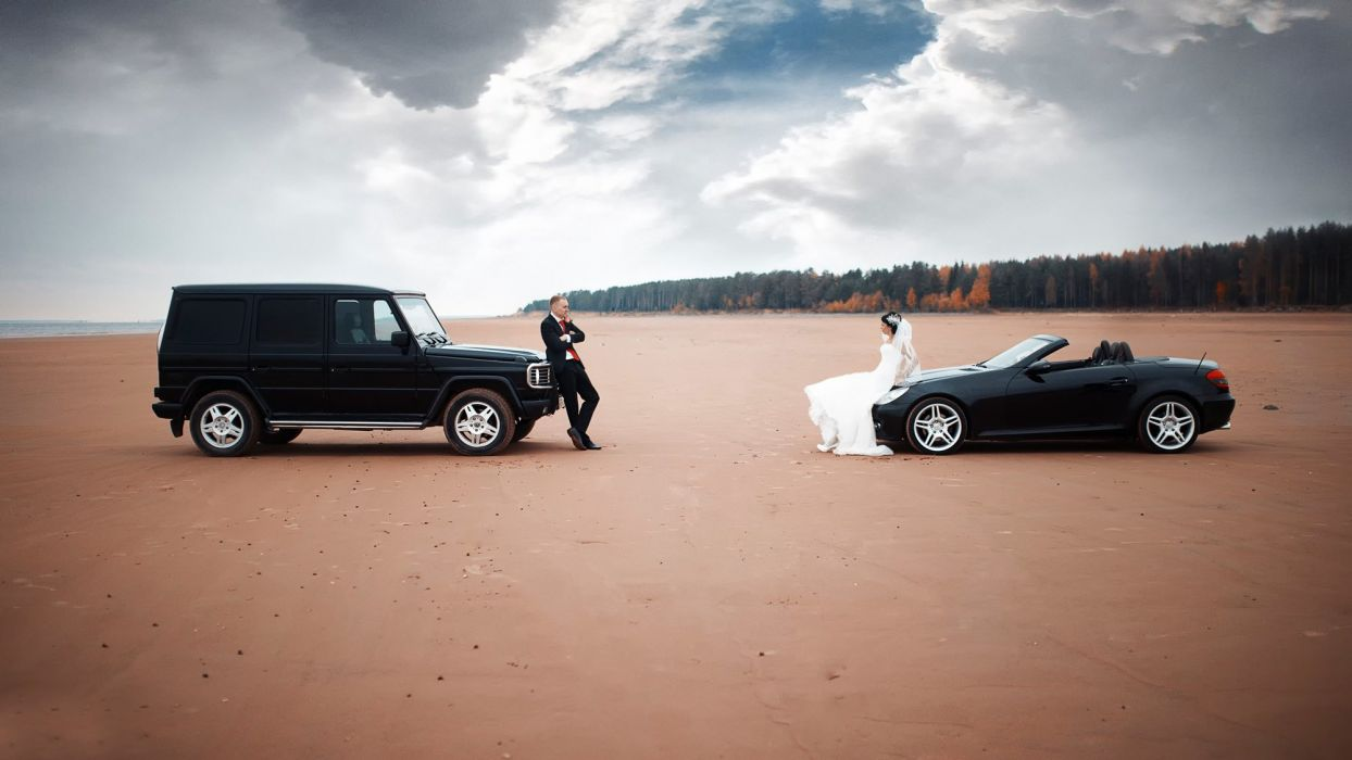 couple cars wedding bride dress desert alone love wallpaper