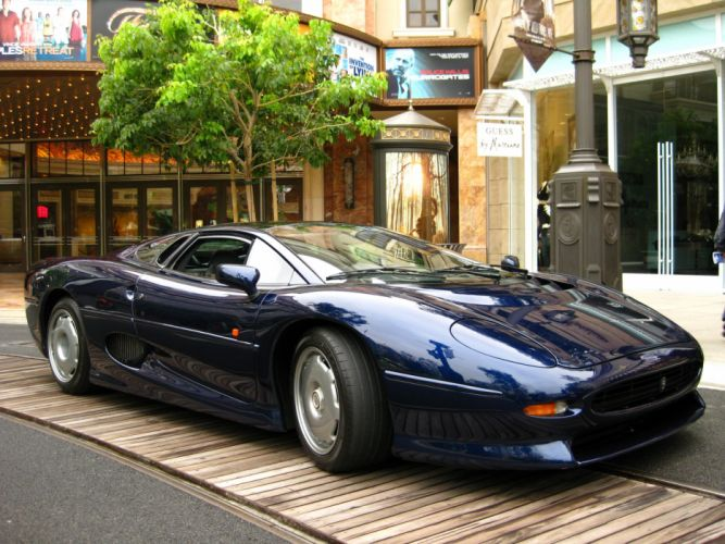 jaguar Supercar xj220 cars uk wallpaper