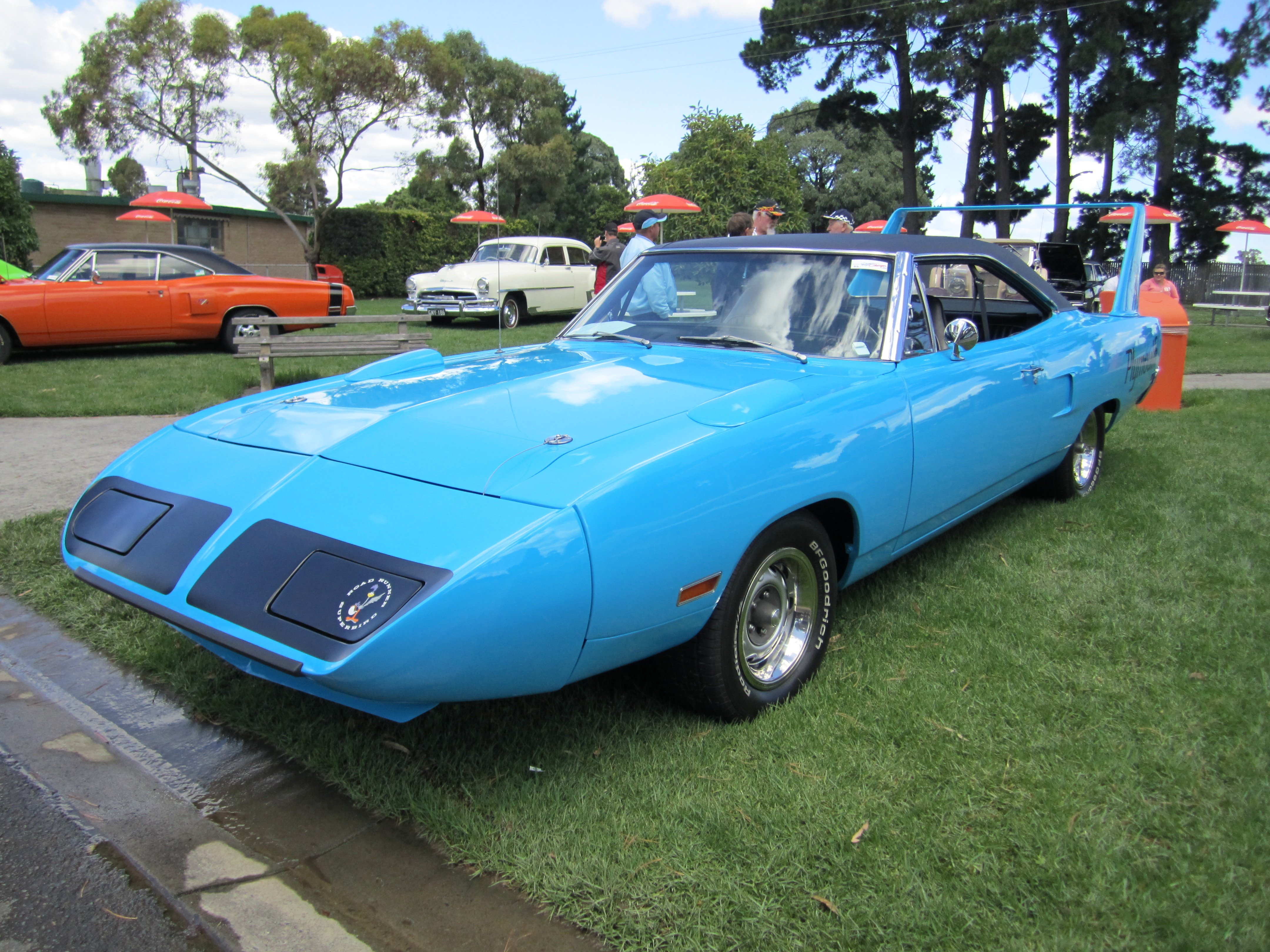 Classic Muscle Cars >> 1970 classic muscle plymouth road runner superbird ...