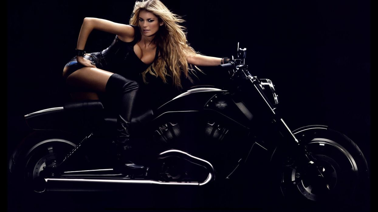 MARISA MILLER - Models Blondes aports motorcycle wallpaper