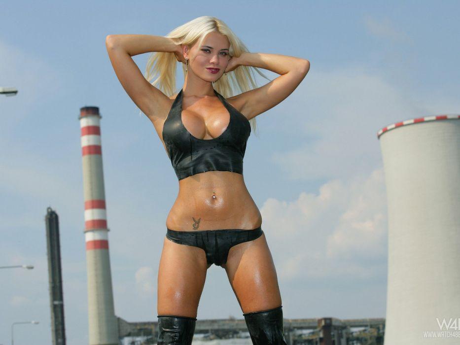 SENSUALITY - blonde sweat girl wallpaper