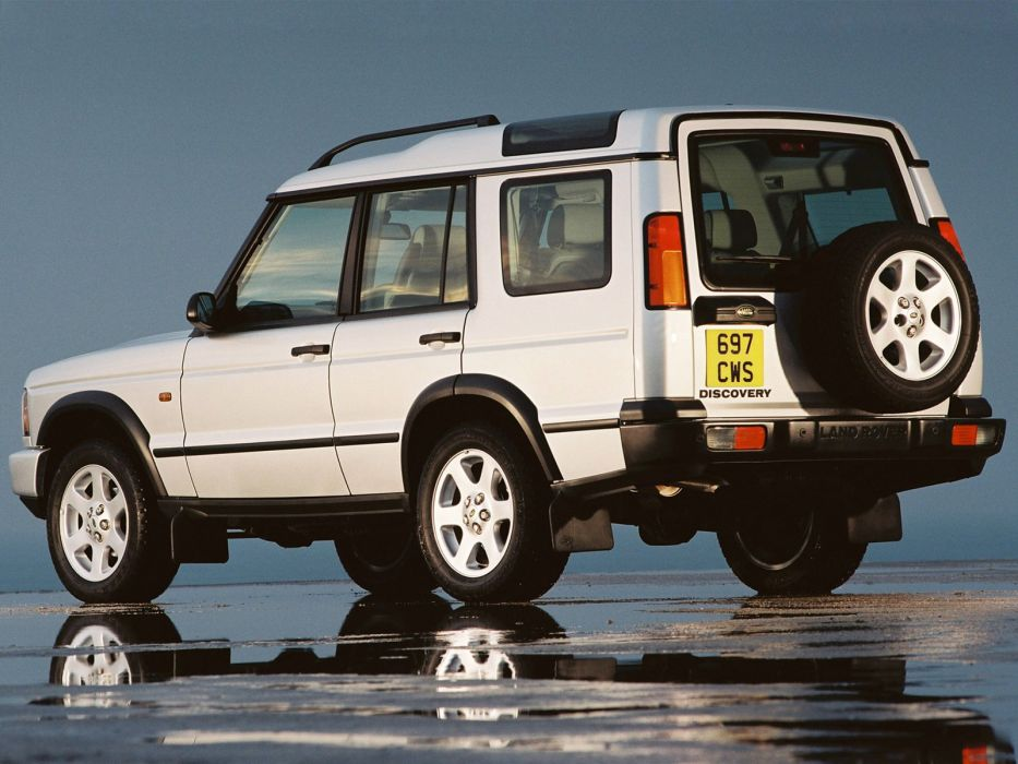 2004 Land Rover Discovery UK-spec suv 4x4 wallpaper