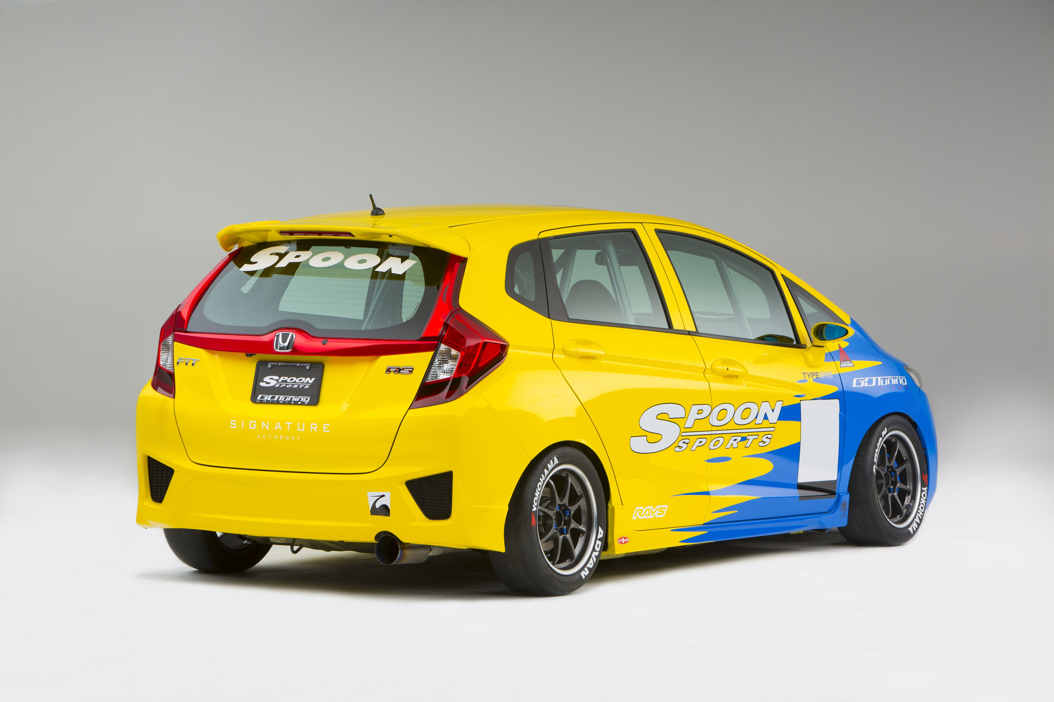 2015 Spoon-Sports Honda Fit Super Taikyu Tuning Wallpaper