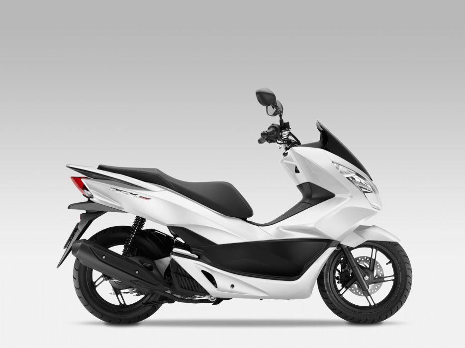 2015 Honda PCX150 Scooter wallpaper