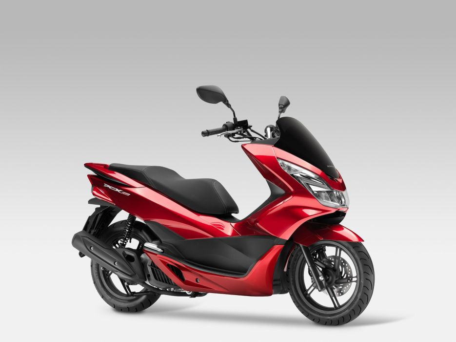 2015 Honda PCX150 Scooter wallpaper