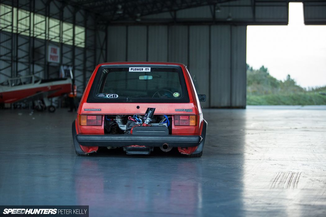 1970 VW Beetle 1983 VW Golf GTI volkswagon tuning wallpaper