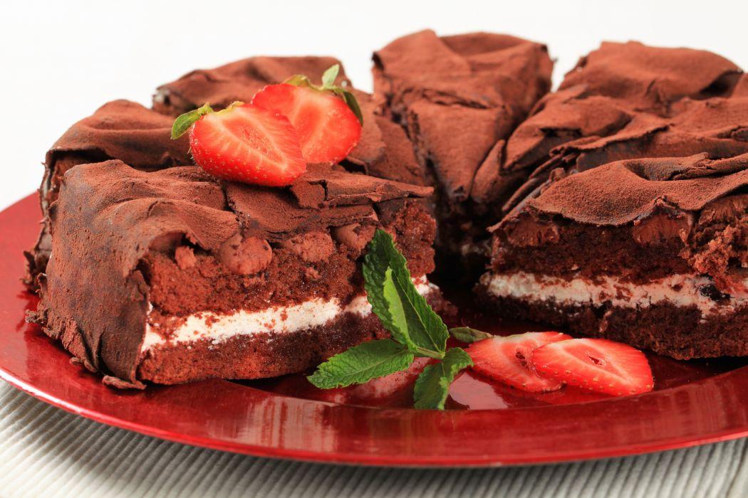 cake sweet chocolate baking pie strawberries dessert wallpaper
