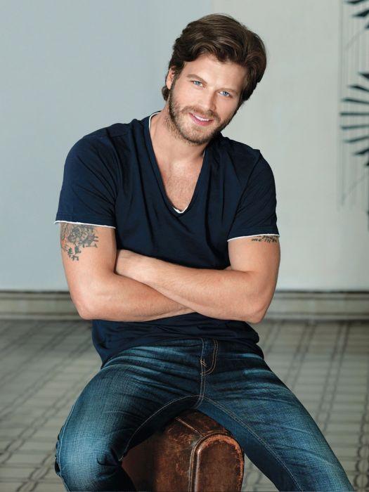 Turkish actor kA wallpaper