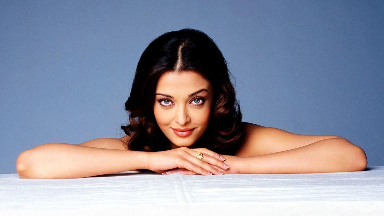 Aishwarya Rai woman beautiful beauty model brunette wallpaper