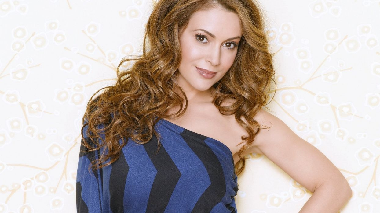 Alyssa Milano actress woman beautiful beauty model brunette wallpaper