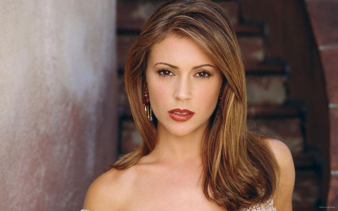 Alyssa Milano Actress Woman Beautiful Beauty Model Brunette