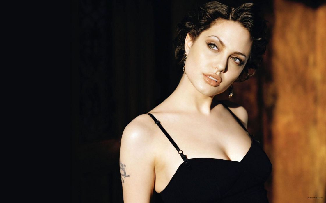 Angelina Jolie actress woman beautiful beauty model brunette wallpaper
